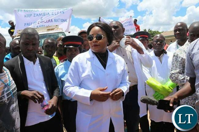 Kampamba Mulenga (MP) at the  launch of  the keep Kalulushi clean campaign