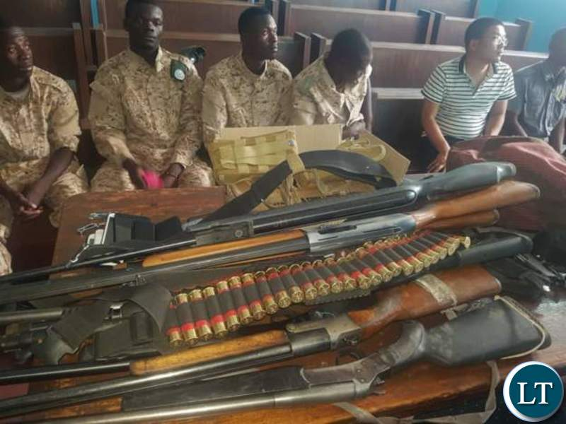 Zambia : Two Chinese arrested for offering military training