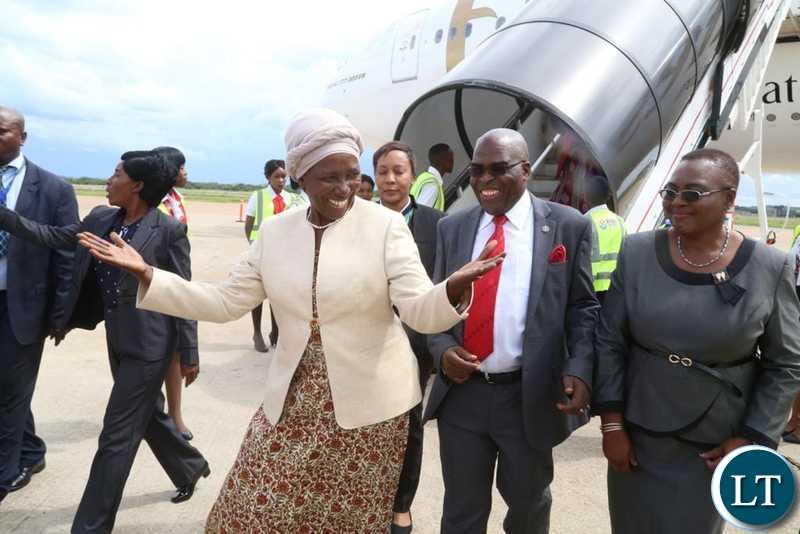 Zambia : Vice President Inonge Wina Evacuated to South