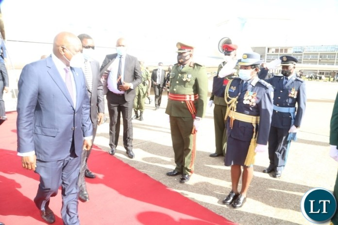 Service Chiefs salute to President of Botswana Dr. Mokgweesti Eric Masisi  on his arrival at Kenneth Kunda International airport yesterday, Wednesday, March 31, 2021. Picture by ROYD SIBAJENE/ZANIS