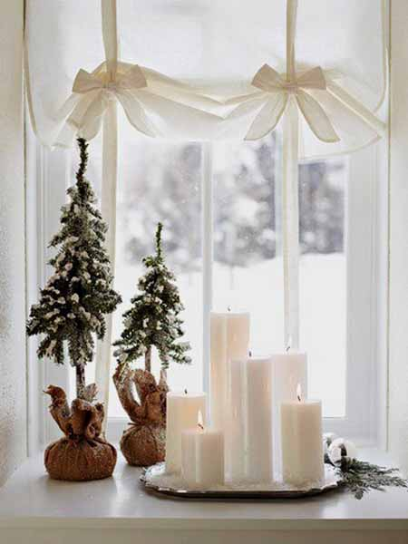 Check out refinery29 for the best bedroom decor ideas! 20 Beautiful Window Sill Decorating Ideas for Christmas