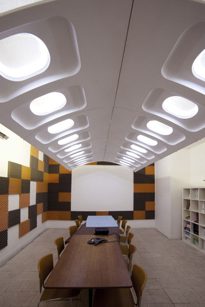Recycling Old Plane Windows For Contemporary Lighting Design