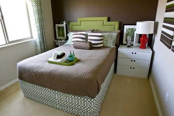 33 Small Bedroom Designs that Create Beautiful Small ... on Beautiful Bedroom Ideas For Small Rooms  id=41885