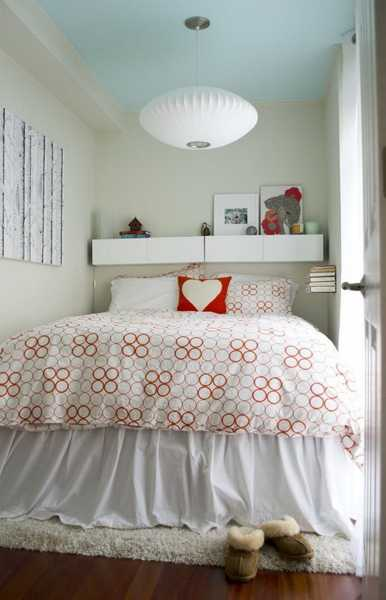 33 Small Bedroom Designs that Create Beautiful Small ... on Beautiful Small Room  id=48900