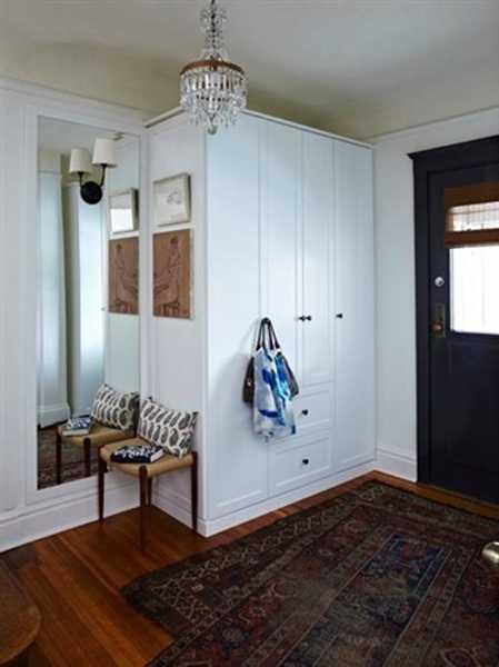 Organized Entryway Designs And Foyer Decorating Ideas