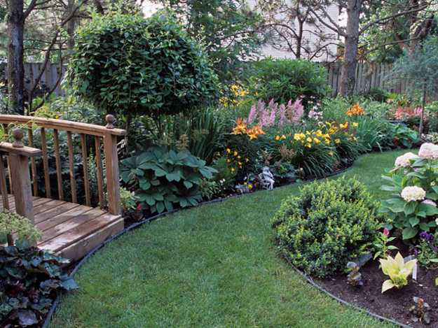 25 Beautiful Backyard Landscaping Ideas and Gorgeous ... on My Garden Outdoor Living id=24926