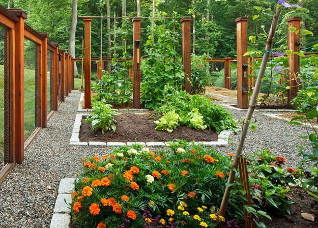 Building Garden Fence Slope