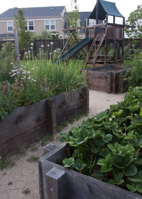20 Raised Bed Garden Designs and Beautiful Backyard ... on Outdoor Backyard Designs id=66791