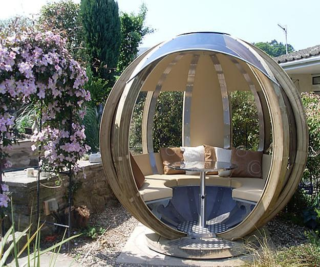 Sphere Garden Houses Adding Contemporary Touch To Backyard Landscaping