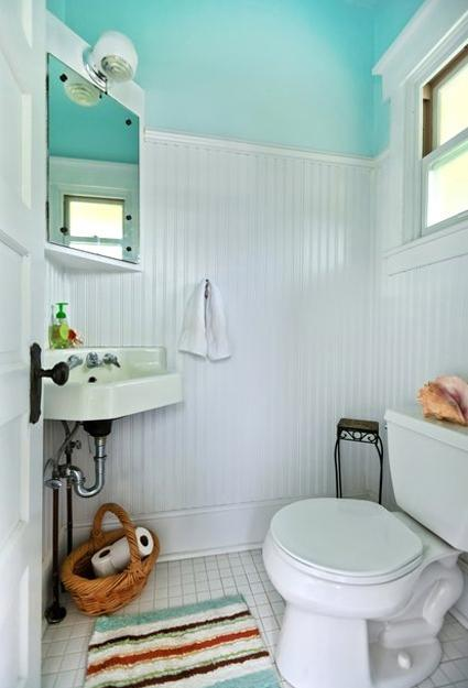 25 Small Bathroom Design and Remodeling Ideas Maximizing ... on Small Space Small Bathroom Ideas  id=59134