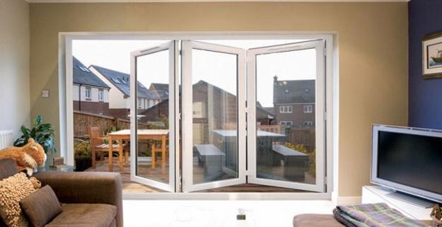 Glass Walls And Big Windows For No Boundaries Inteiror