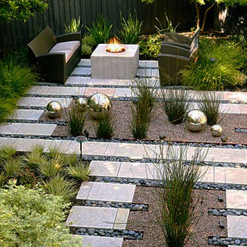 15 Small Backyard Designs Efficiently Using Small Spaces on Modern Landscaping Ideas For Small Backyards  id=64399