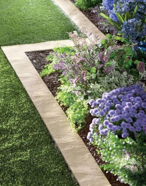 15 Spectacular Yard Landscaping Ideas and Flower Beds with ... on Backyard Border Ideas  id=93066