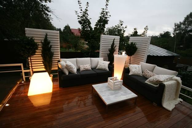 22 Modern Outdoor Seating Areas, 11 Backyard Ideas to ... on Back Garden Seating Area Ideas  id=66917