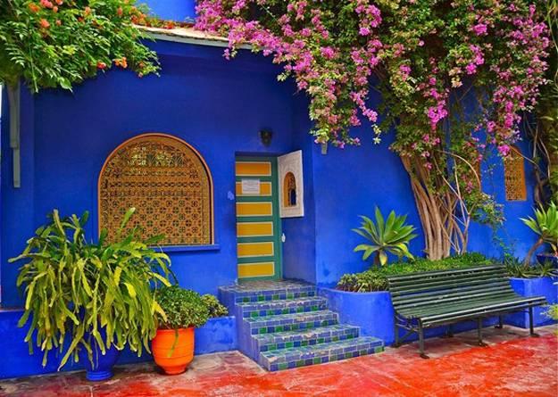 25 Modern Backyard Ideas to Create Beautiful Outdoor Rooms ... on Moroccan Backyard Design id=89369