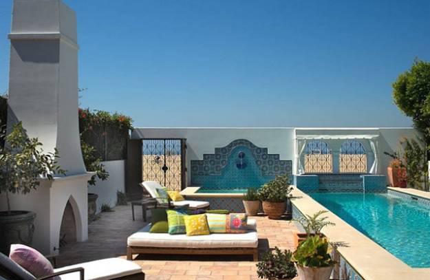 25 Modern Backyard Ideas to Create Beautiful Outdoor Rooms ... on Moroccan Backyard Design  id=54092