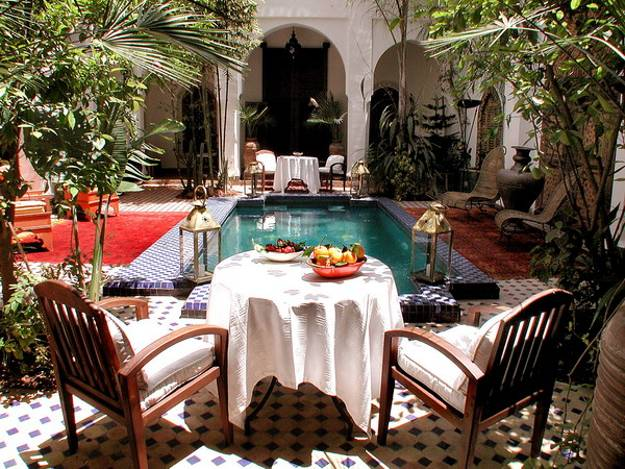 25 Modern Backyard Ideas to Create Beautiful Outdoor Rooms ... on Moroccan Backyard Design  id=43401