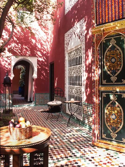 25 Modern Backyard Ideas to Create Beautiful Outdoor Rooms ... on Moroccan Backyard Design  id=37602