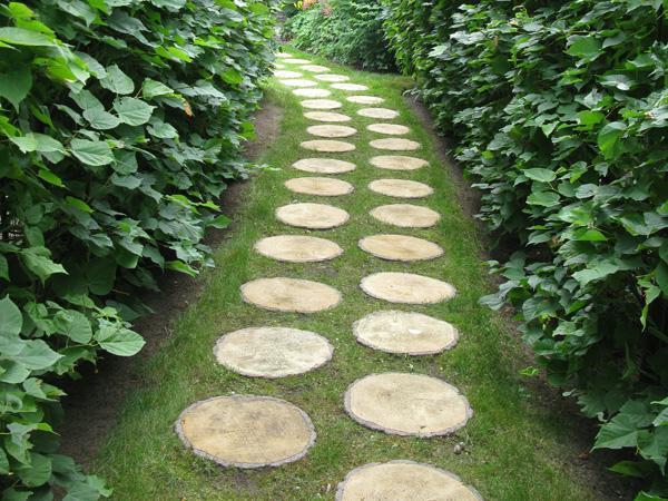 30 Green Design Ideas for Beautiful Wooden Garden Paths on Wooded Backyard Ideas id=20189