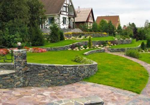 25 Beautiful Hill Landscaping Ideas and Terracing Inspirations on Backyard Hill Landscaping Ideas  id=94594