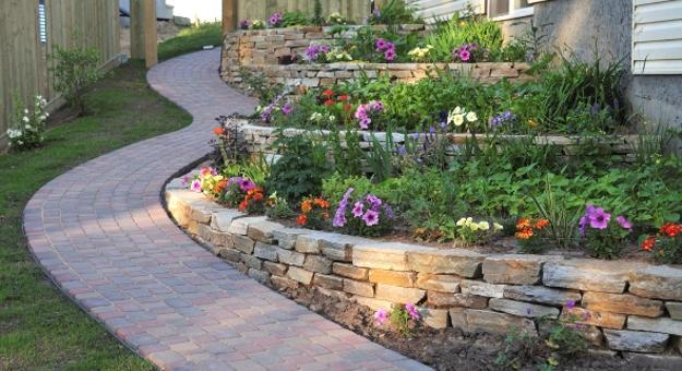 25 Beautiful Hill Landscaping Ideas and Terracing Inspirations on Hill Backyard Ideas id=97890