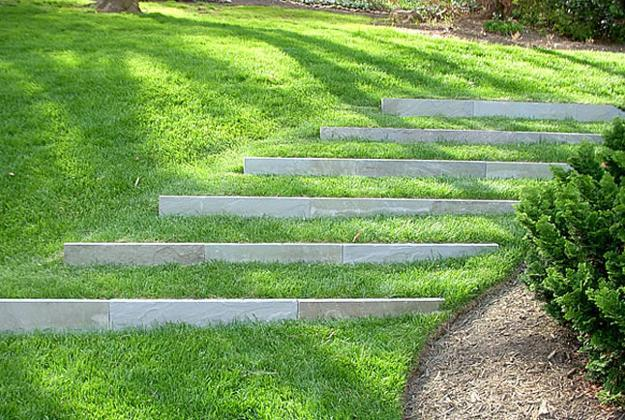 25 Beautiful Hill Landscaping Ideas and Terracing Inspirations on Backyard Hill Landscaping Ideas  id=72218