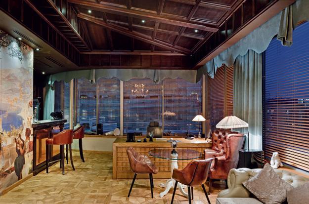 Modern Office Design Blending Elegant Style And Homey Feel