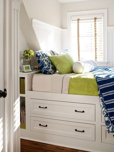 22 Small Bedroom Designs, Home Staging Tips to Maximize ... on Bedroom Ideas For Small Spaces  id=79134