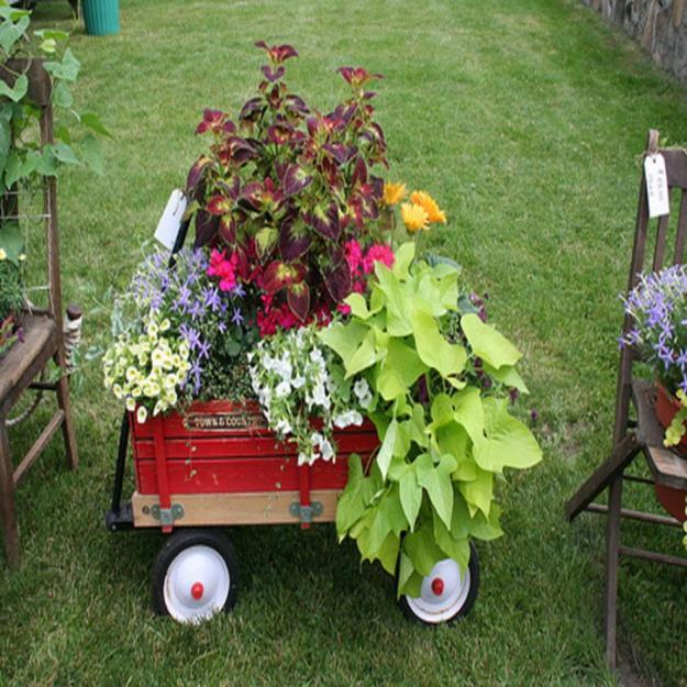 15 Small Handmade Yard Decorations for Creative Garden Design on Handmade Diy Garden Decor  id=65275