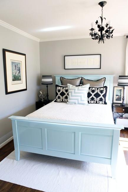 10 Staging Tips and 20 Interior Design Ideas to Increase ... on Bedroom Ideas For Small Rooms  id=24130