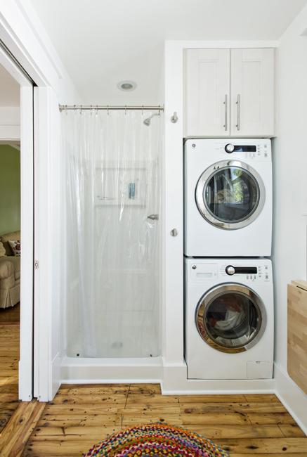 22 Small Bathroom Design Ideas Blending Functionality and ... on Small Space Small Bathroom Ideas With Washing Machine id=72759