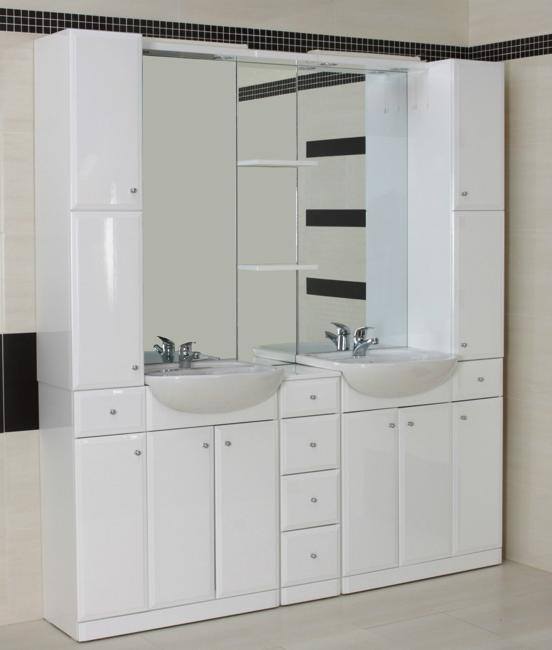Small Bathroom Design Ideas and Home Staging Tips for ... on Bathroom Ideas Small Spaces  id=67061