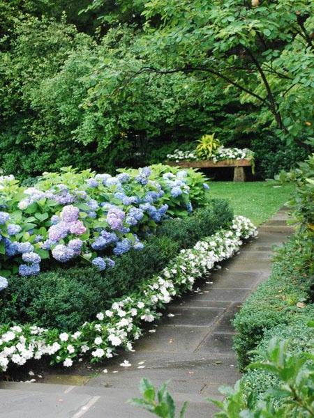 Beautiful Garden Design, Optical Illusions Balancing Yard ... on Beautiful Patio Designs id=54014