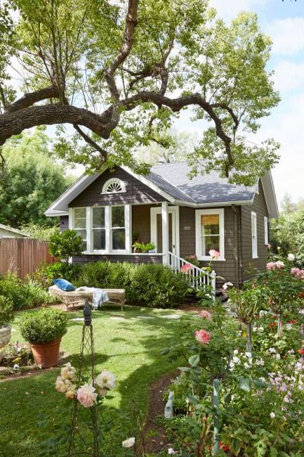 Little Houses Making for Beautiful Vacation Homes, Small ... on Cottage Patio Ideas id=98903