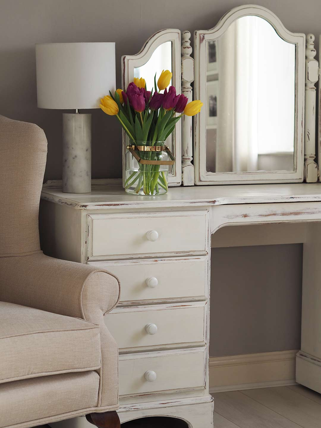 bedroom furniture makeover. Annie Sloan Chalk Paint Bedroom Furniture Makeover Y