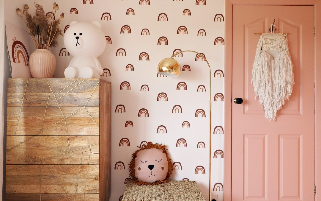 Children's Rainbow Bedroom Reveal