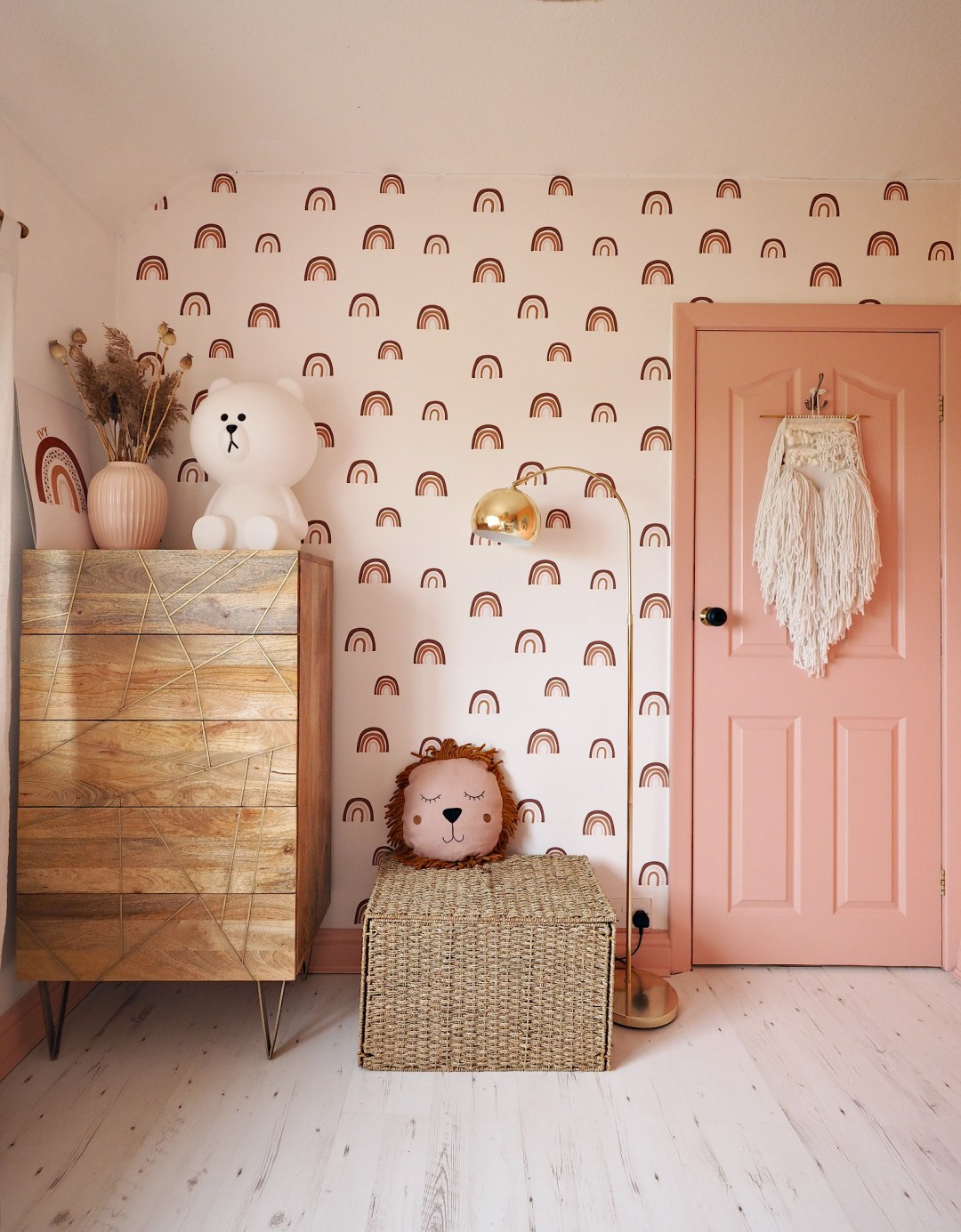 Children's Rainbow Bedroom Reveal