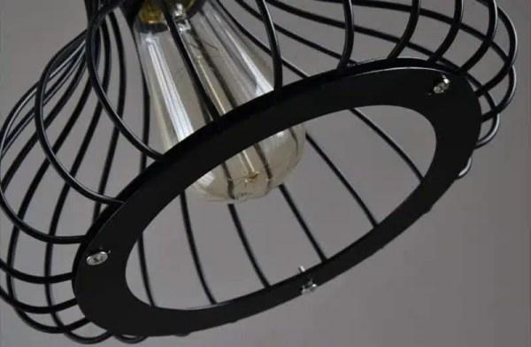 Lustre en fer ampoule LED