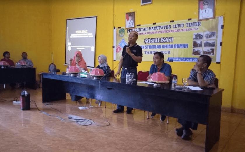 Kegiatan Sosialisasi Program Bedah Rumah di Aula Kantor Desa Ussu