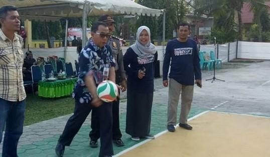 Sekda Lutim Buka Turnamen Bola Voli