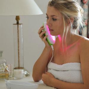 Traitement de luminothérapie anti acné Lumie Cleane
