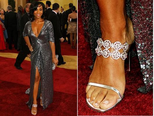 Anika-Noni-Rose-in-Stuart-Weitzman-million-dollar-shoes