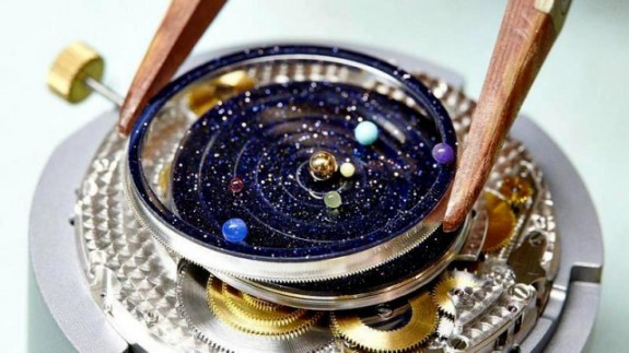 Midnight-Planetarium-Poetic-timepiece-640x360