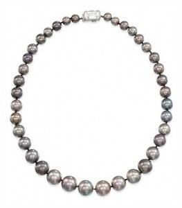 Découvrez sortie en vente parcourir les dernières collections Top 10 : Perles et colliers de perles les plus chers du monde
