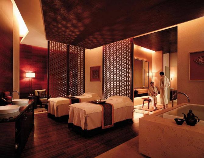 Five Luxury Hotels in Shanghai Pudong Shangri la 2