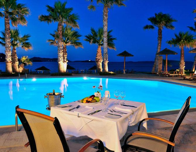 Five of the Best Luxury Resorts in Greece Astir of Paros 4