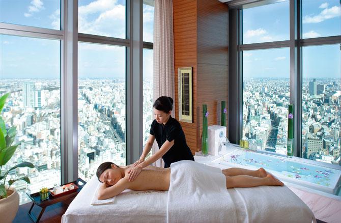 Four Hotels in Tokyo Mandarin Oriental 2
