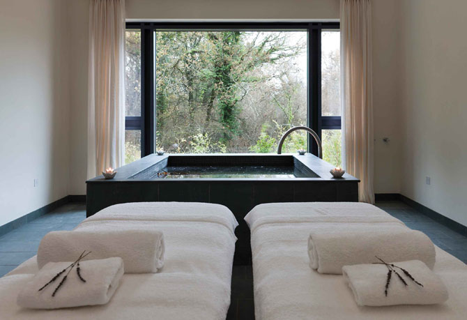 The Best English Country Spas Lime Wood Hampshire 3