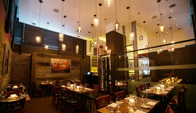 Where to Stay in Toronto Cosmopolitan Toronto Hotel & Spa 4
