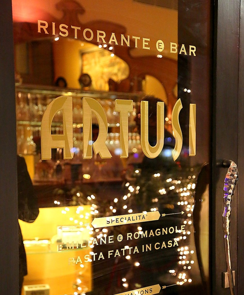 Artusi-Luxury-Restaurant-in-Delhi-3